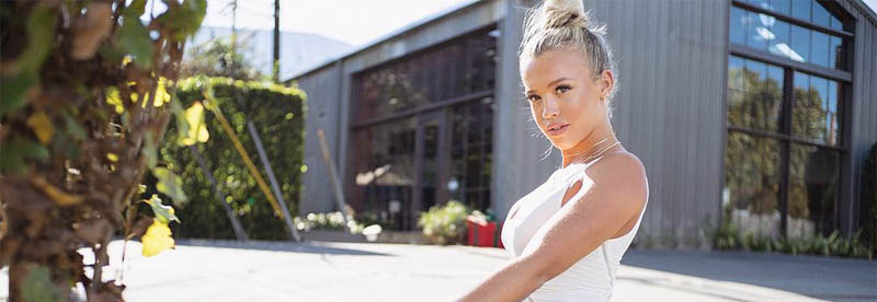 Tammy Hembrow Mom