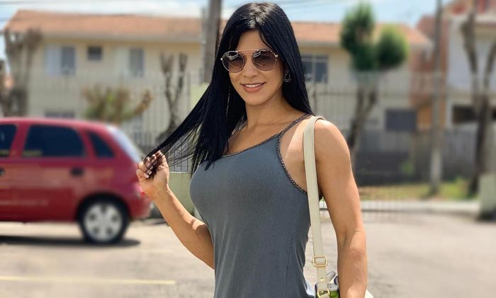 Eva Andressa Height