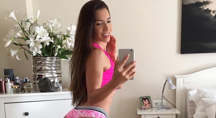 Is She on Reddit